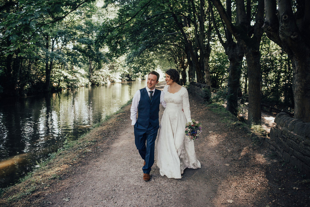 PJ_PHILLIPS_PHOTOGRAPHY_ALTERNATIVE_WEDDING_PHOTOGRAPHY_GLASGOW_YORKSHIRE_262.jpg