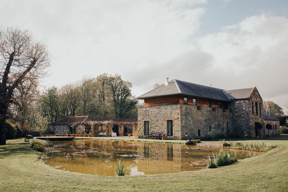 WINDMILL_BARN_DUNFERMLINE_WEDDING_PJ_PHILLIPS_PHOTOGRAPHY_133.jpg