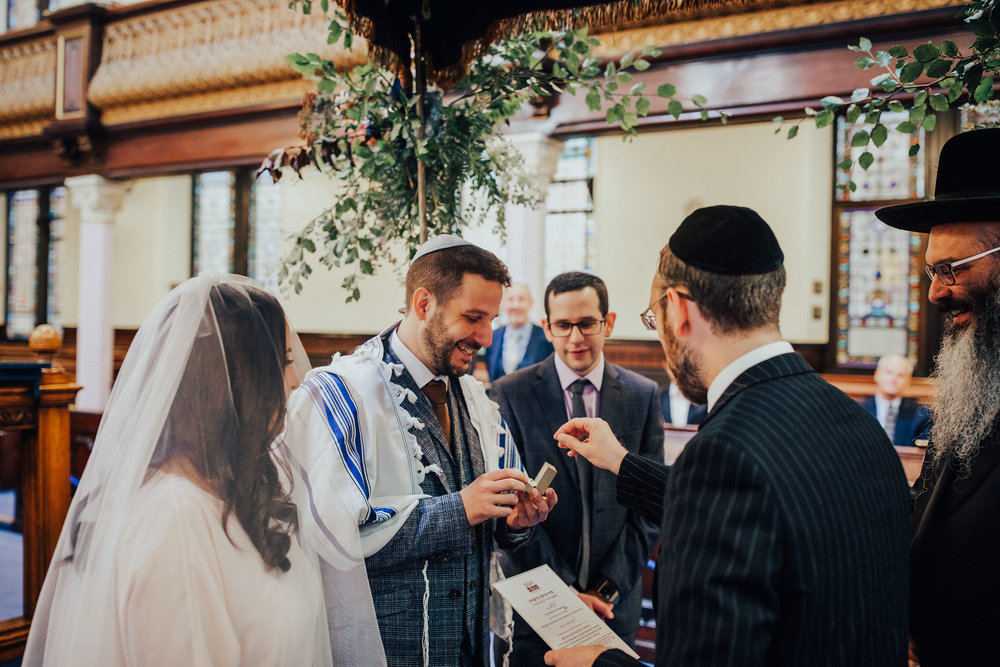 ALTERNATIVE_JEWISH_WEDDING_WEST_ON_THE_GREEN_GLASGOW_31.jpg