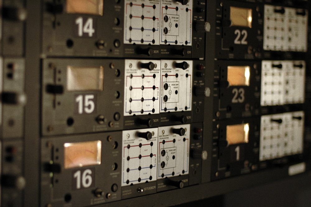 Studer A80 2-inch 24-track tape machine modules in Look to Listen control room