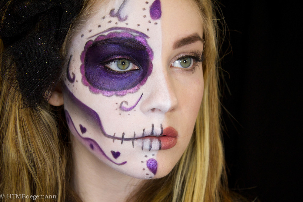 Half Day of the Dead/Half Beauty