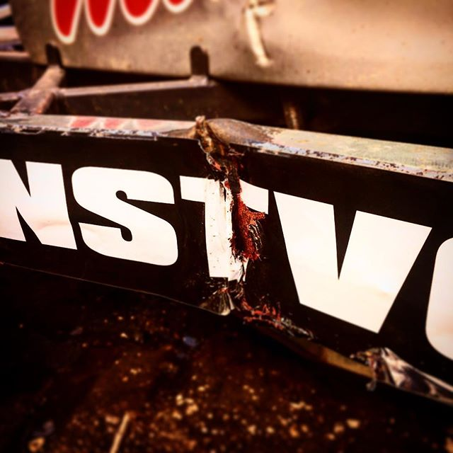 Nasty gash on the Kunstvoller.com nerf rail sticker. Looking like an axe wound 😂 Ready for some more on @kelvinhassell13's F1 this weekend – Ipswich and Northampton 👌🏼♠️ • • • #ExtremeSports  #ExtremeAddicts #Motorsport #KelvinHassell13 #SponsoredKunst #StockCars #BriSCA #BriSCAF1 #F1 #RaceCars #RaceCar #RacingDriver #V8 #Vhate #OvalRacing #OvalTrack #OvalFamily #ShortTrack  #MatNewson #TurnLeft #CrackOn #Kunst #RubbingIsRacing #DirtForDays #F1StockCarKunst #RacingKunst #KunstSquad #LiveDangerously #NotForDullards #Kunstvoller