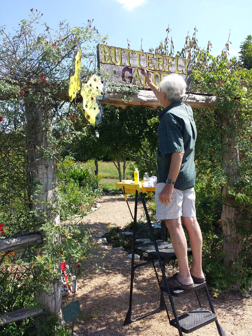 We certainly appreciate ALL of our volunteers! Axel Baehren is one of our garden volunteer gems. Thank you so much for your time and expertise, Axel!