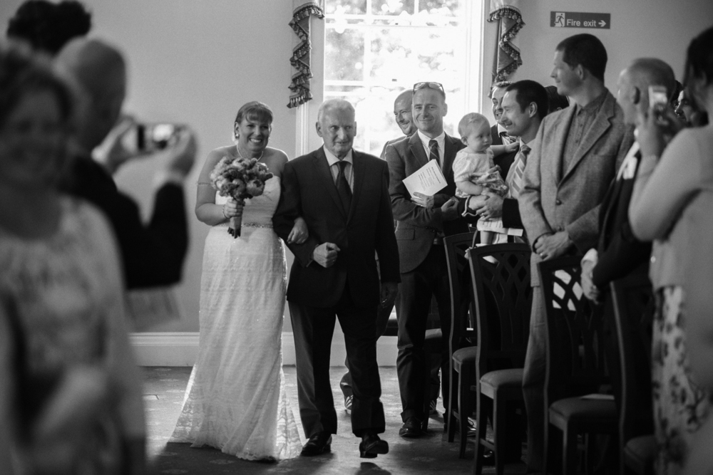 Mr and Mrs Robson-503.jpg