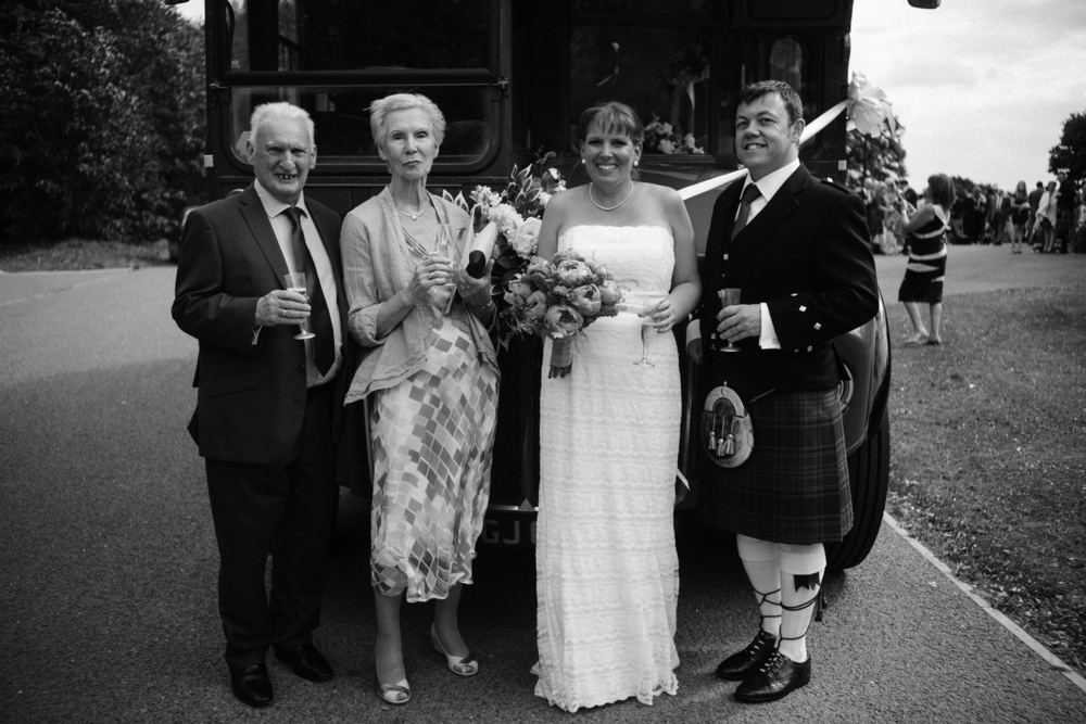 Mr and Mrs Robson-679.jpg