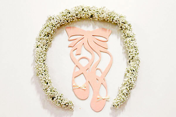 DIY Baby's Breath Floral Wreath Tutorial + Printable Ballet Shoes Silhouette Template