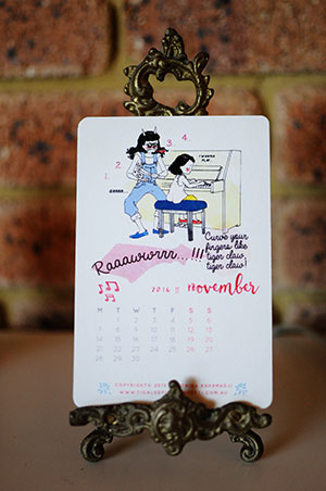 Veronika's Little World || Webcomic || Downloadable 2016 Free Printable Calendar || November