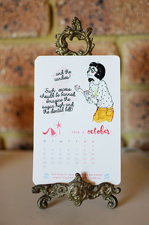 Veronika's Little World || Webcomic || Downloadable 2016 Free Printable Calendar || October
