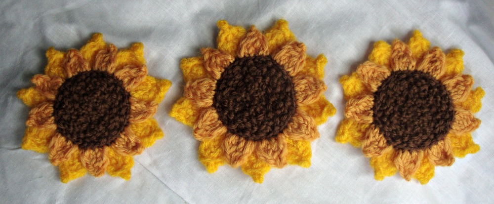 The pattern I used is available here: http://yok2tog.tumblr.com/post/18680929985/sunflowerbabyhat1
