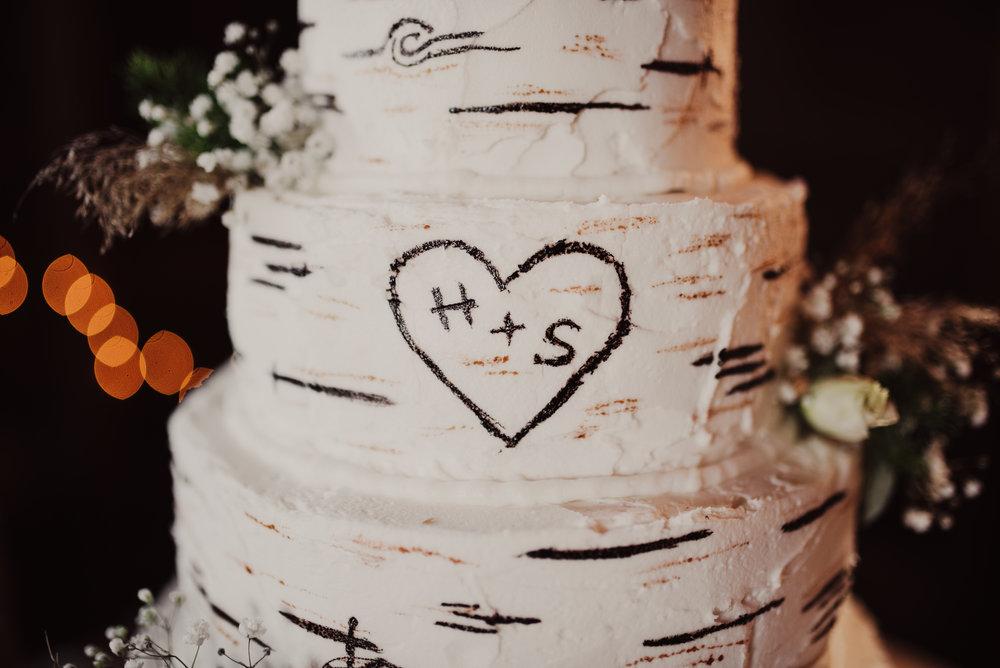 Aspen style wedding cake.jpg