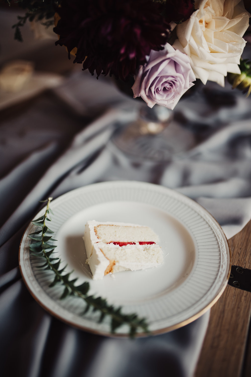 bright-cake-artistry-wedding-cake-slice.jpg