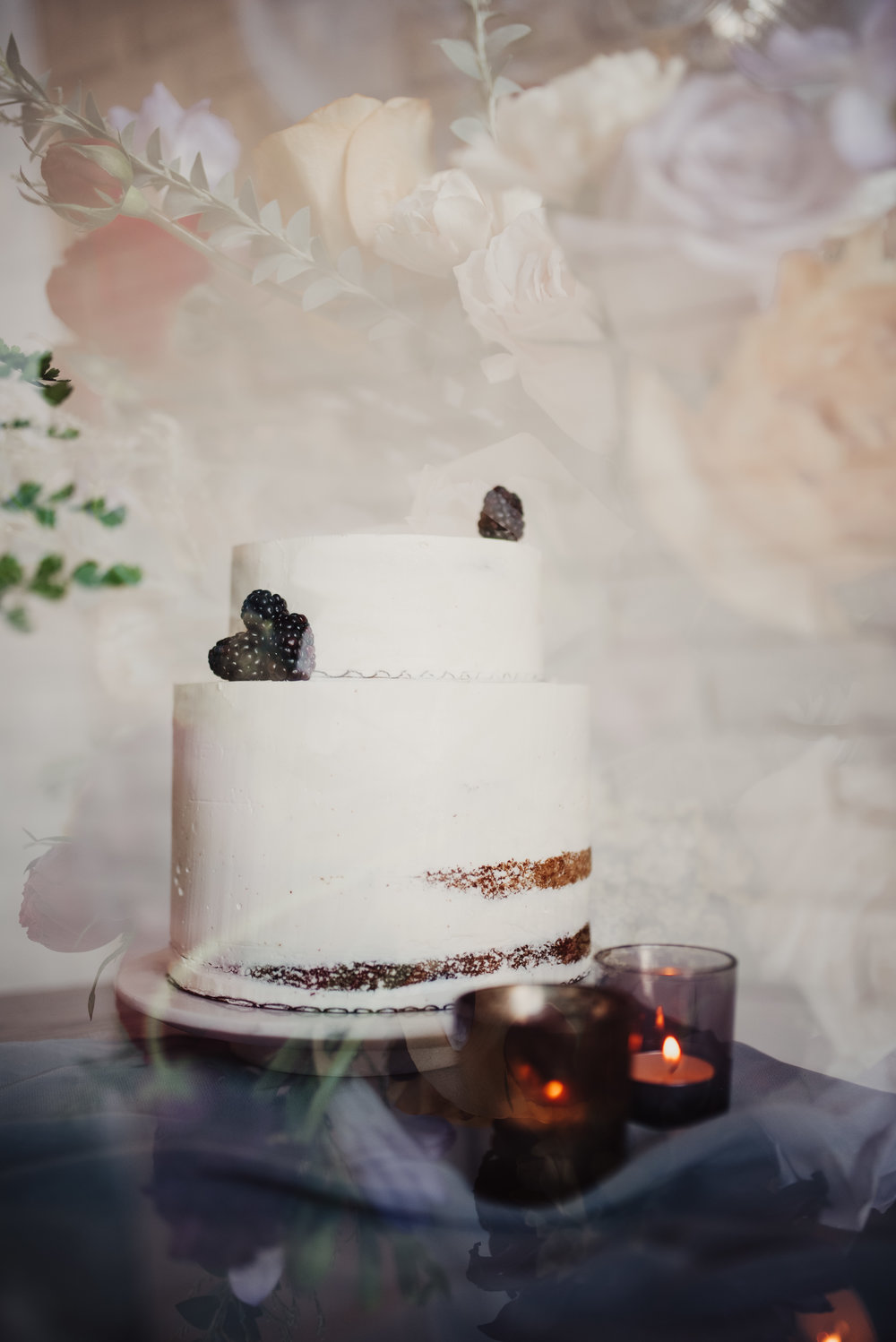 half-naked-cake-with-blackberries.jpg