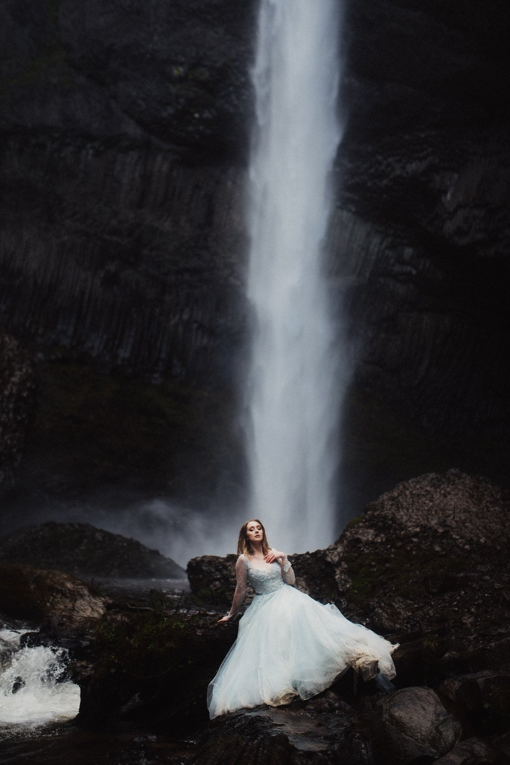 Eden Strader Photography Waterfall Bridals in Oregon