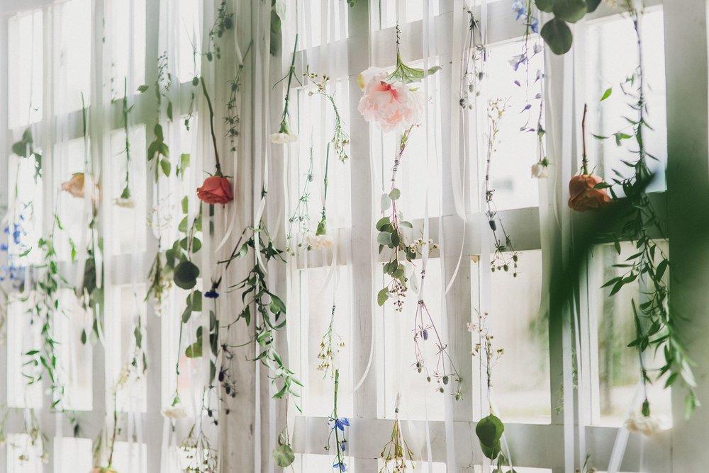 Boho floral wedding details