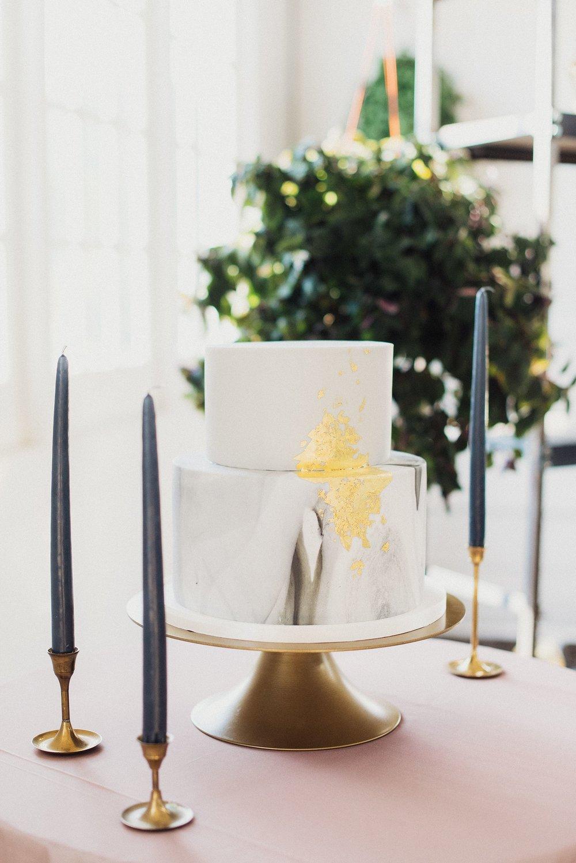 flour and flourish marble wedding cake