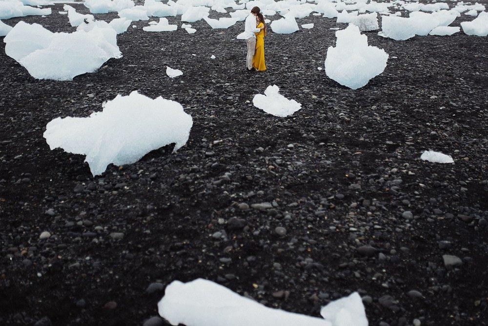 engagement photos at diamond beach iceland