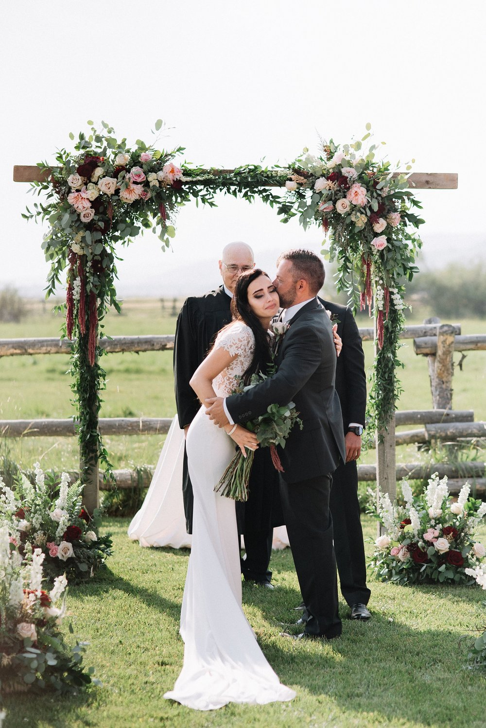 diamond-cross-ranch-wedding-edenstraderphotography_3606.jpg