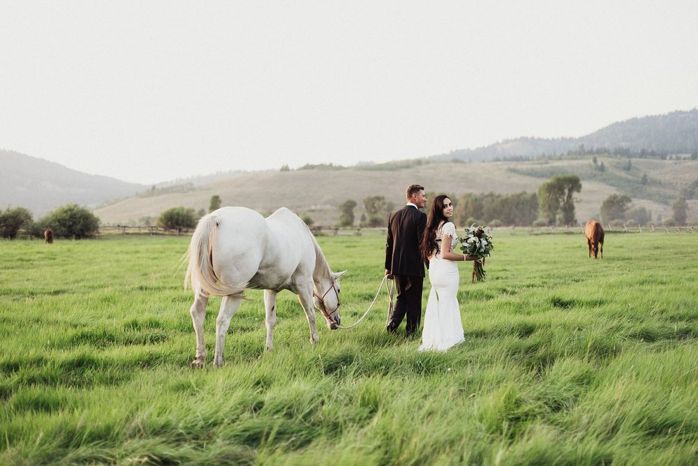 diamond cross ranch wedding