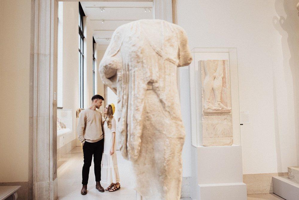 metropolitan-museum-of-art-engagement-session_4008.jpg