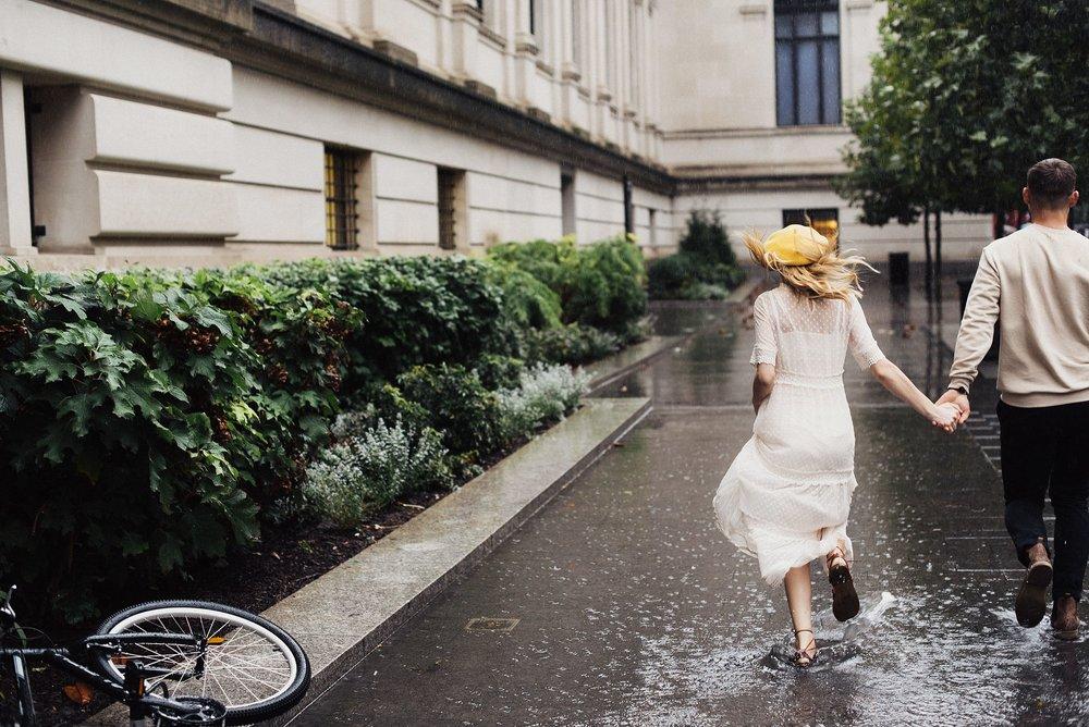 rainy engagements at the metropolitan museum