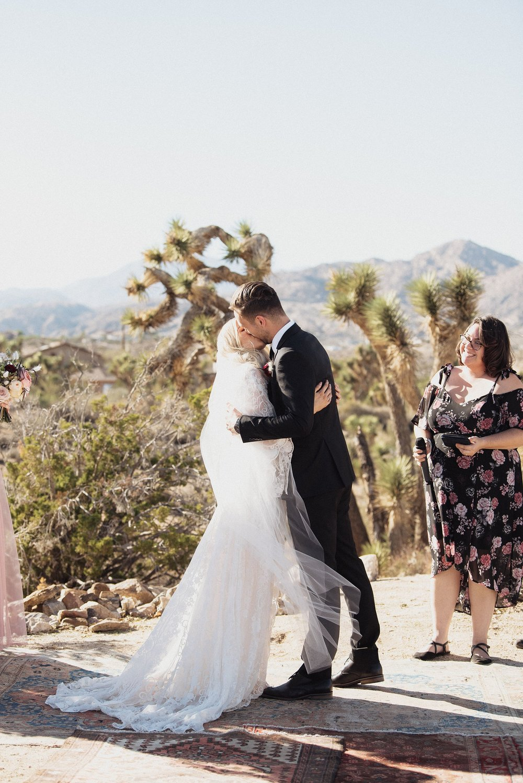 cactus-moon-retreat-wedding_4105.jpg
