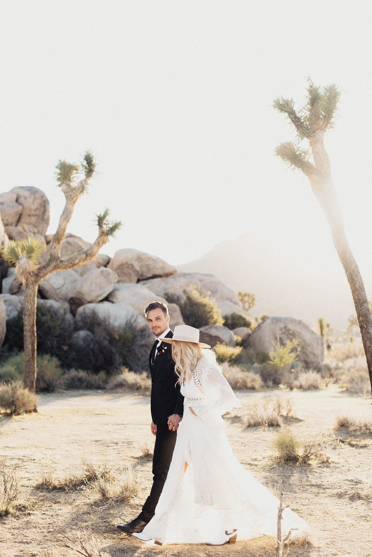 cactus-moon-retreat-wedding_4133.jpg
