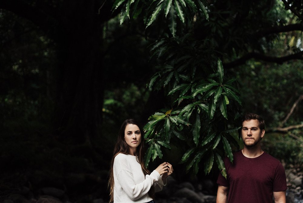 engagement session in iao valley maui