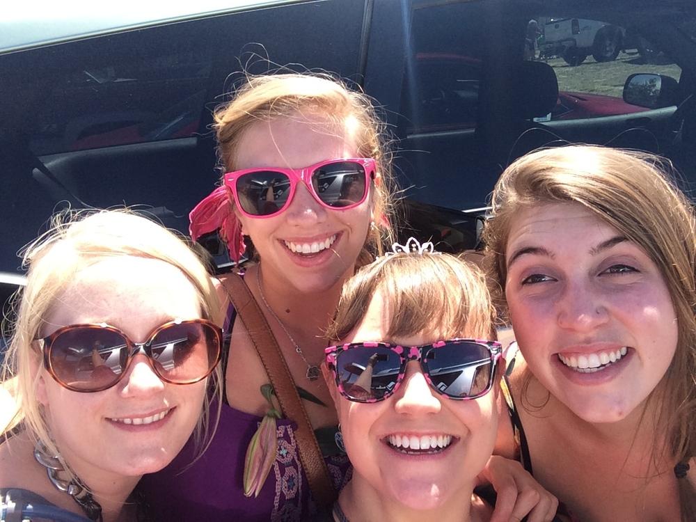Jess, Chloe, me and Kailey :)