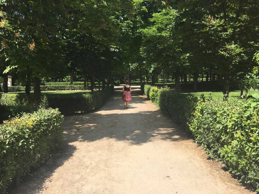 Going for a stroll in Retiro 😍 (Thanks for the picture, Nathaniel, you make a great Instagram Husband!)