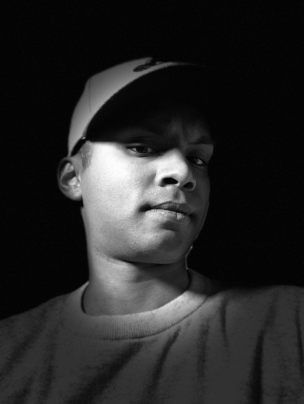 Here's a portrait taken on the front facing camera using Studio Light Mono lighting.