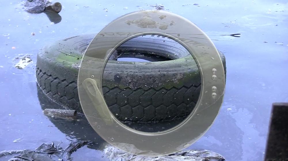 13EK-tire.jpg