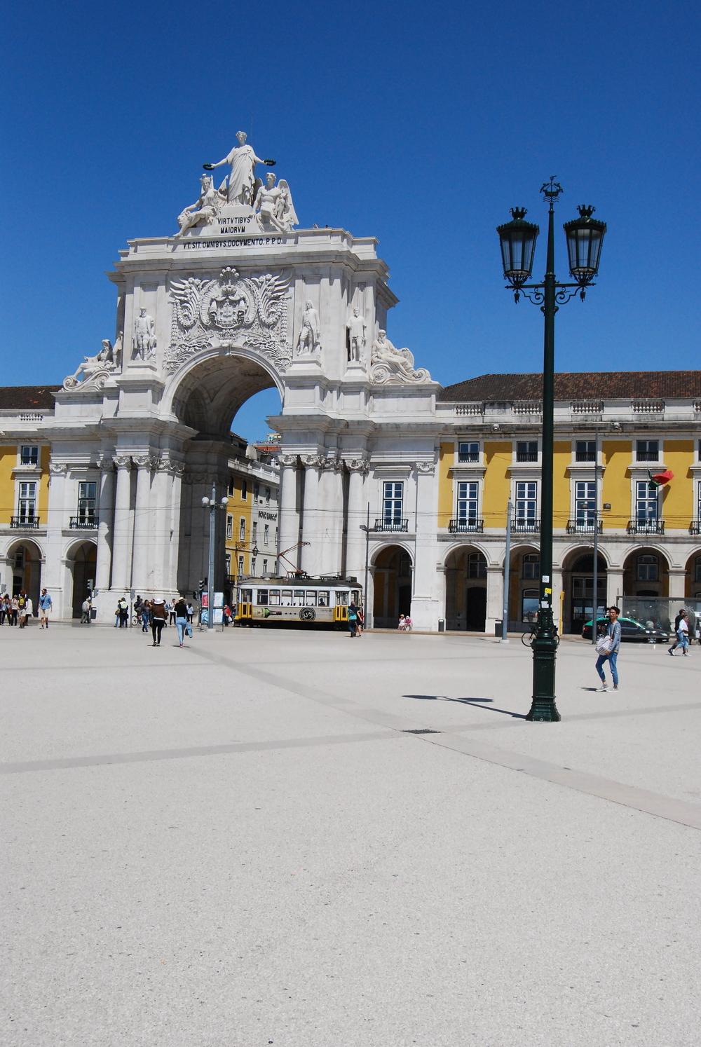 Lisbon,  Praça do Comércio   www.ohmightycoffee.com