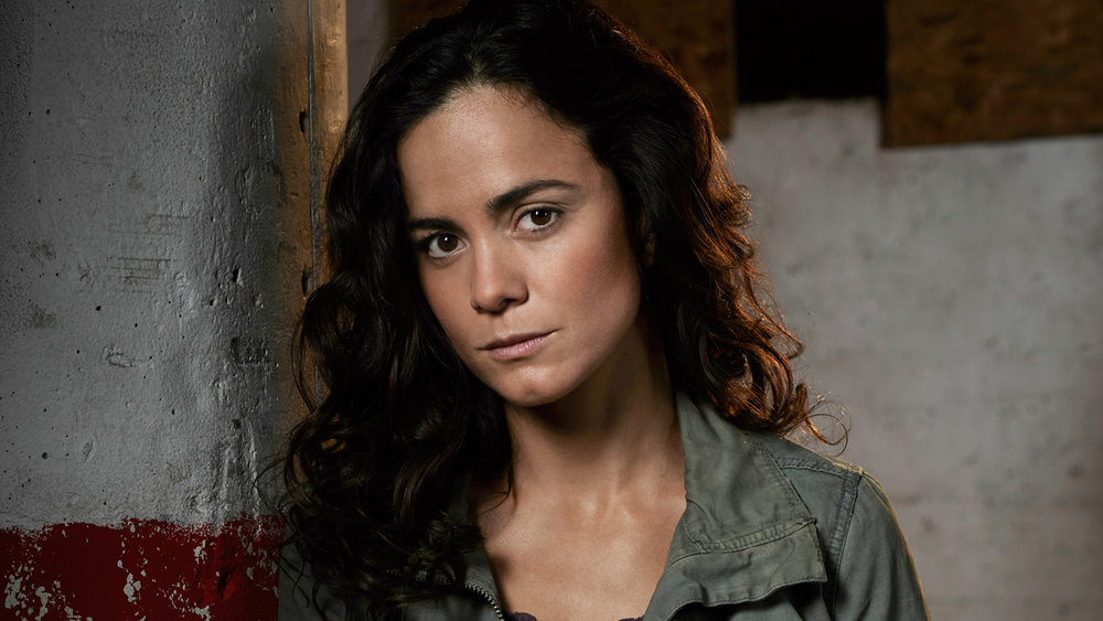 queen_cast_aliceBraga.jpg
