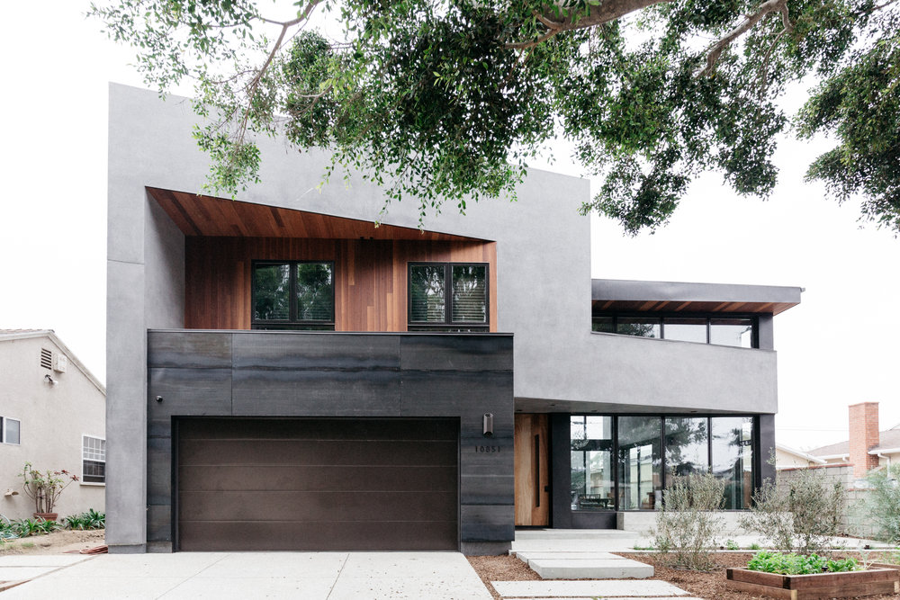 Above and below, a spectacular 2-floor modern home Farnsworth Builders recently completed on Venice's 'Architects Row'.