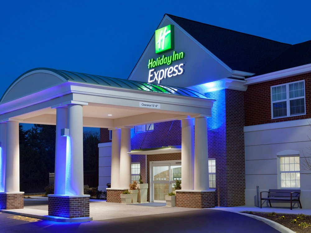holiday-inn-express-williamsburg-4065039412-4x3.jpeg