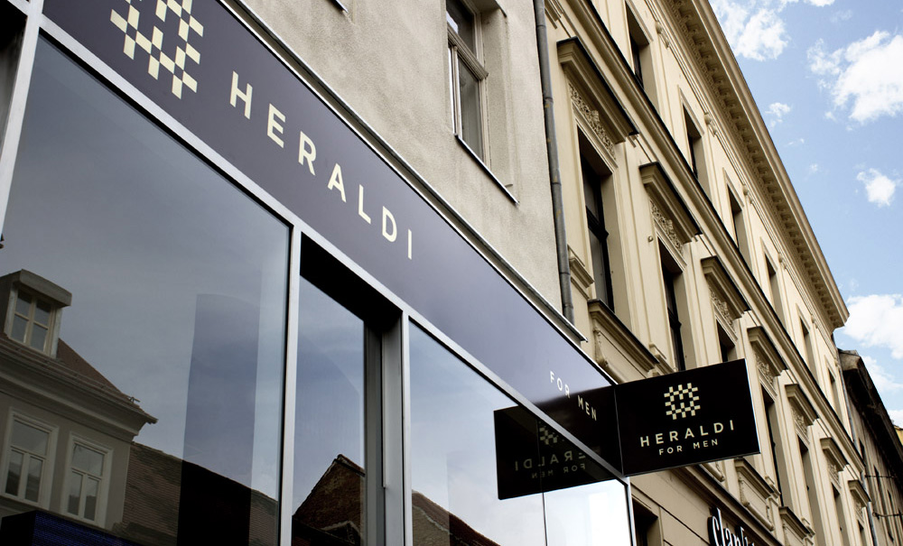 Heraldi store outside