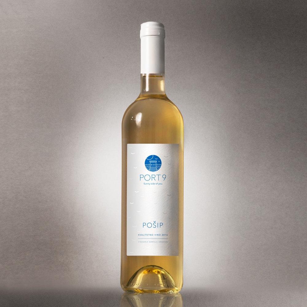 Port9 white wine label