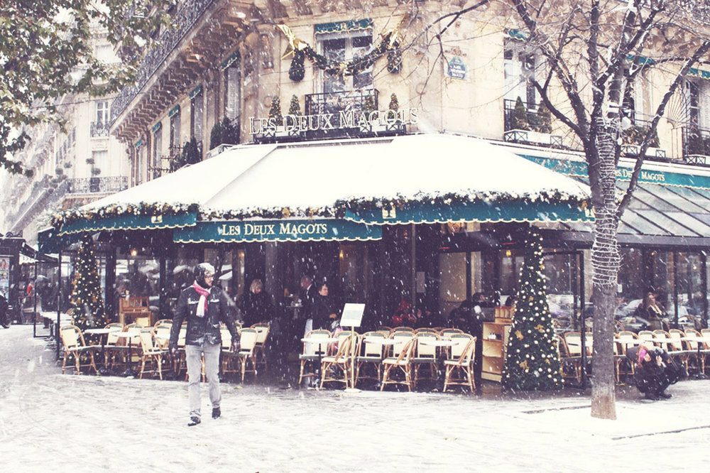 Les Deux Magots,Paris | Photo by Type and Graphics Lab | typeandgraphicslab.com
