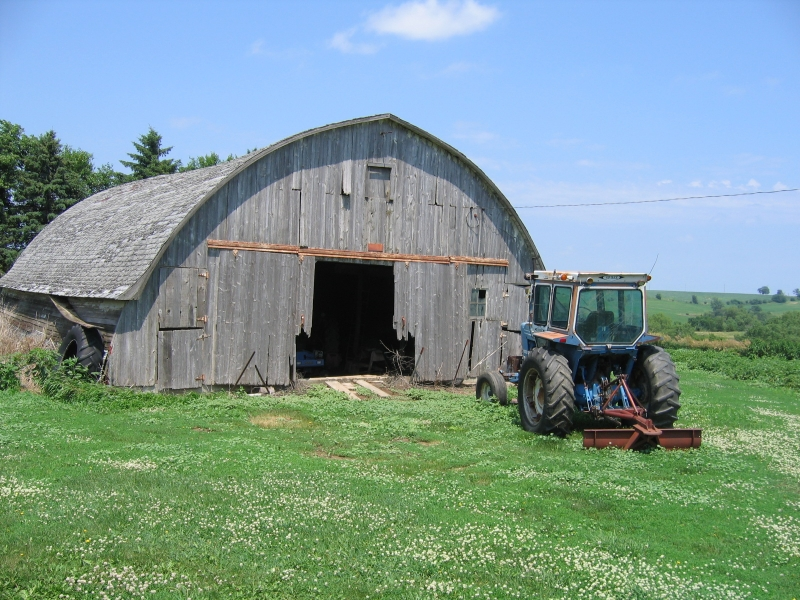 brayton barn-older.jpg