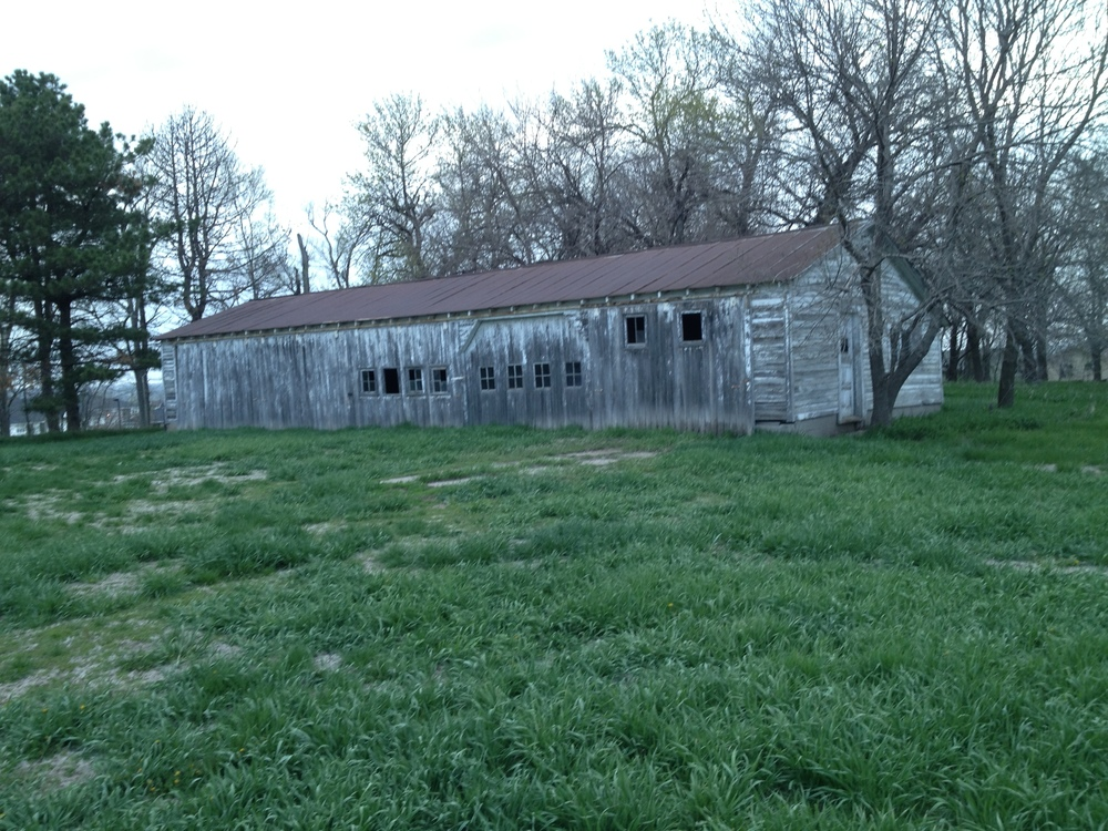 Klinker machine shed.jpg