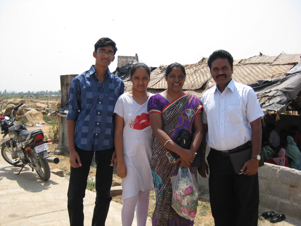 Paul Veeru and family_S.India.JPG