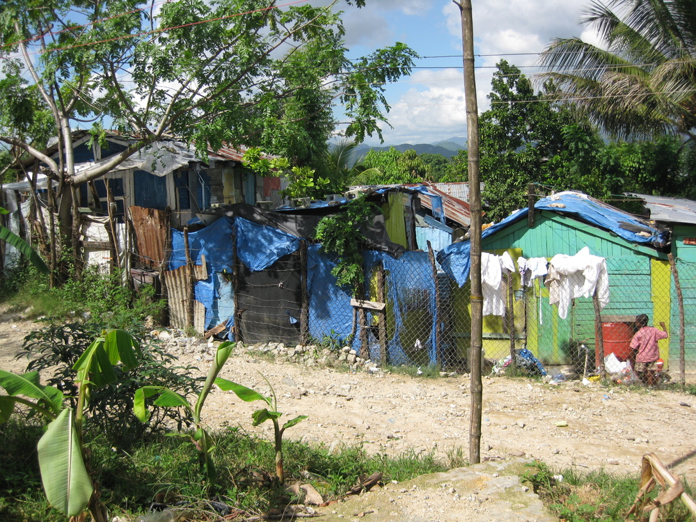Poverty huts Dom Republic.JPG