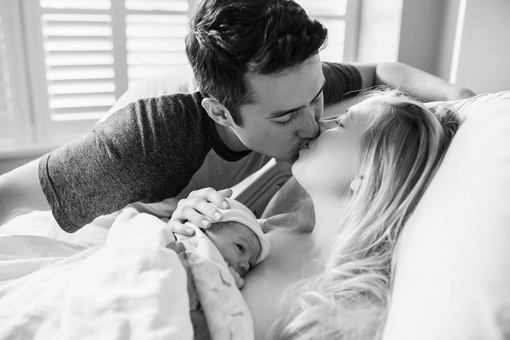 Denver-Birth-photographer-kiss-after-birth