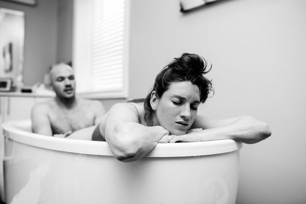 Denver-Birth-Photographer-Birth-Center-water-birth