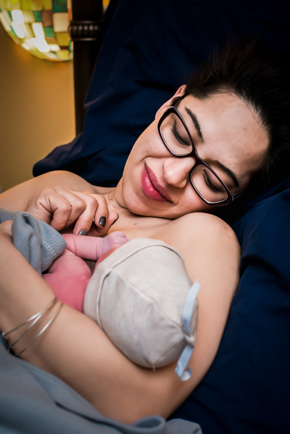Birth-Photographer-Mountain-Midwifery-Center-Breastfeed