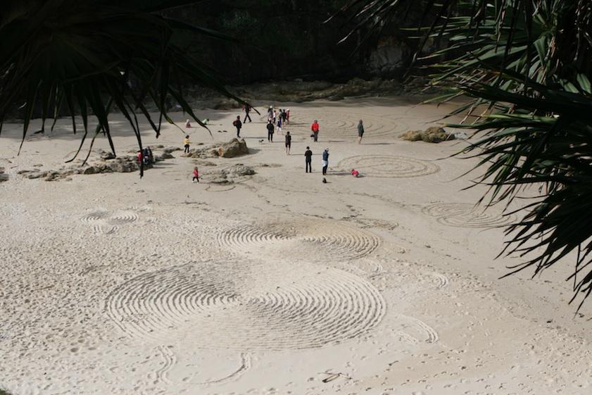 LINES_11_Sand_sml.jpg