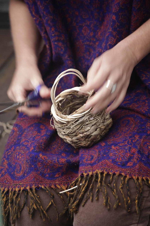 L12_Weaving_1.jpg