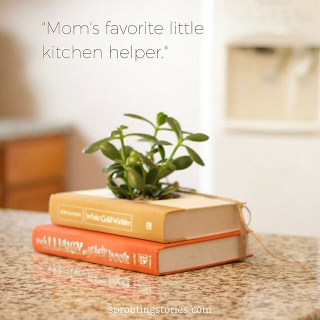 Mom's kitchen - Open 24/7. Taking last minute gift orders today @ sproutingstories.com | 📚🌱 #HappyMothersDayMum #MomAndMe #PlantMom #MomsKitchen #book📖 #GiftForMom #GiftIdeasForHer