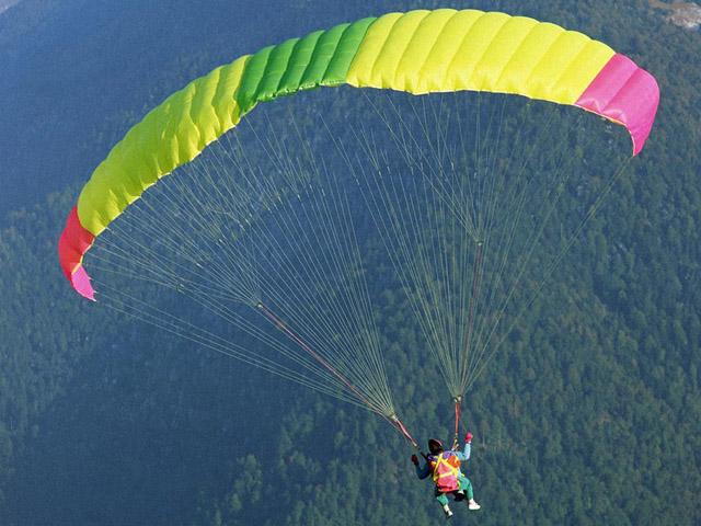 parachute-photographs-2.jpg