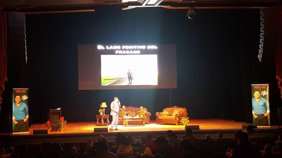Mi presentation en la conferencia Dr. César Lozano Gira USA 2017 en el teatro Orpheum de Los Angeles, CA -